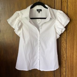 NWT Milk & Honey Ruffle Sleeve Button Front Top M